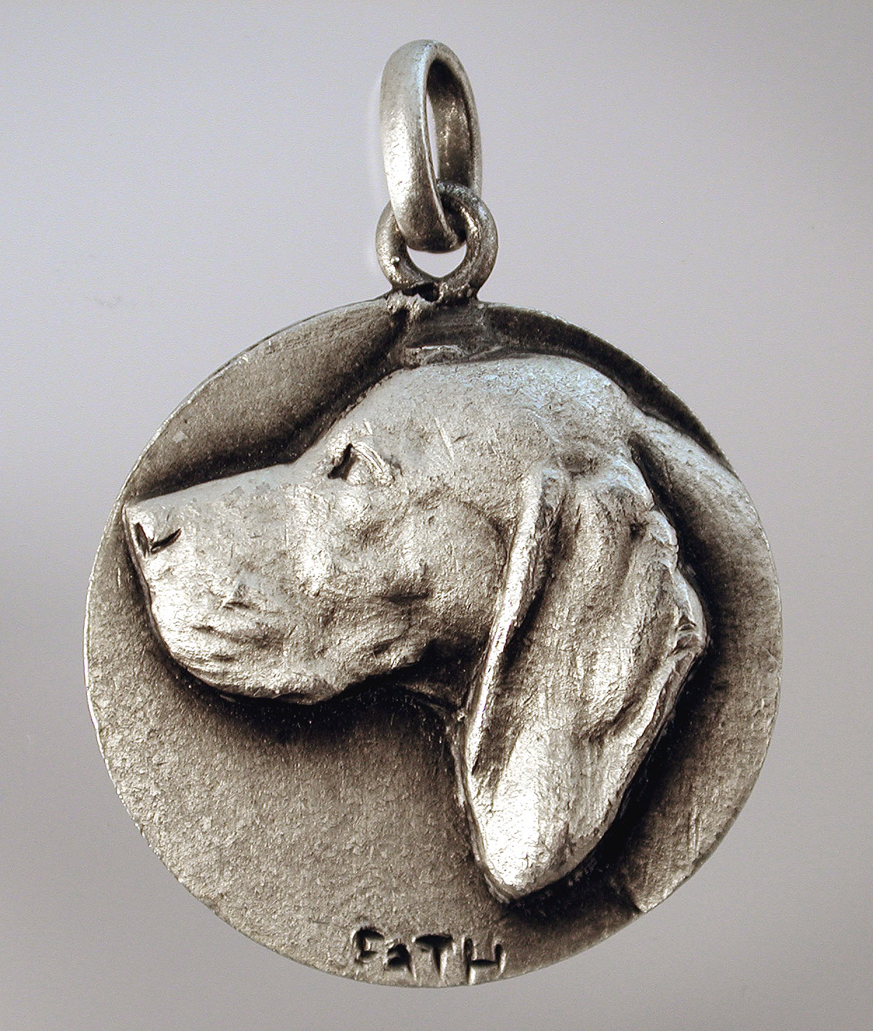 Click to see full size: Pointer-   Richard Fath (1900 ? 1952), silvered pendant, of a Pointer, Braque, French, circa 1940, signed ?Fath?.