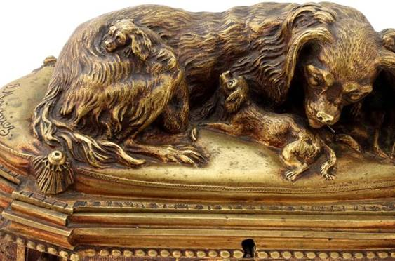 Click to see full size: Exceptional King Charles Cavalier Spaniel bronze box by Jules Moigniez (French, 1835-1894)
