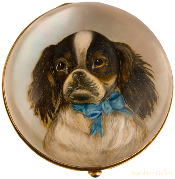 Click to see full size: Reverse intaglio box of a King Charles Cavalier Spaniel