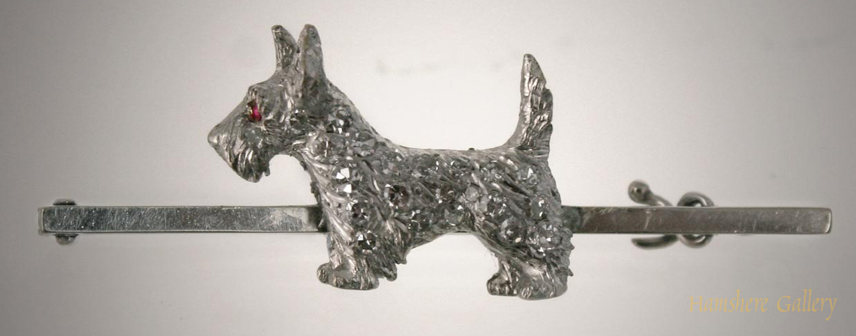 Click to see full size: Scottish Terrier bar brooch