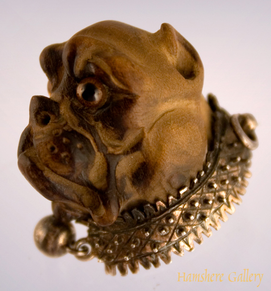 Click to see full size: Victorian carved Bulldog Brooch