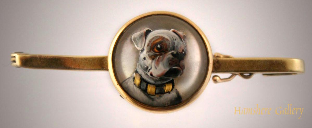 Click to see full size: Bulldog Bar Brooch