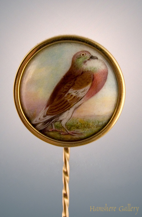 Click to see full size: Enamel racing pigeon stick pin