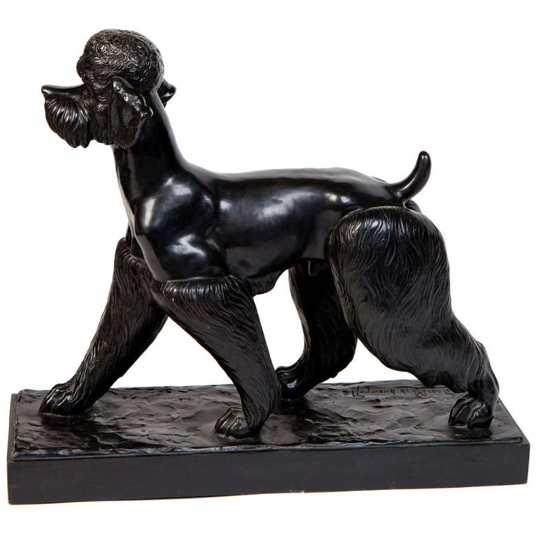 Click to see full size: A bronze Poodle by Le baron Raymond de Meester de Betzenbroeck