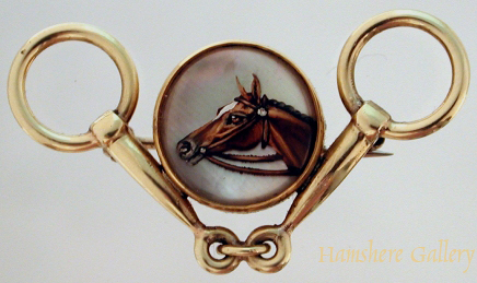 Click to see full size: Reverse intaglio crystal pin of a horse