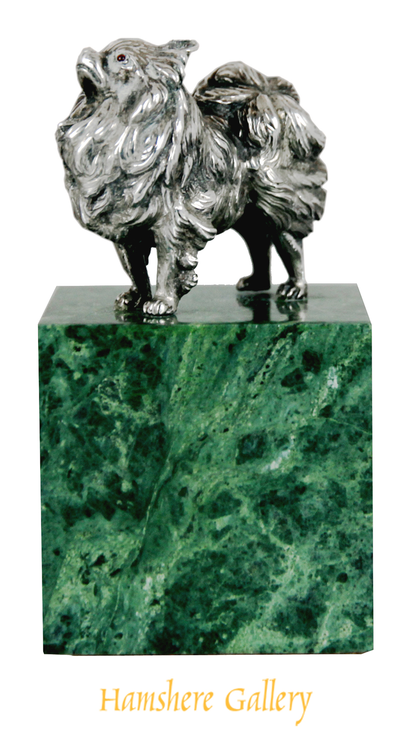 Click to see full size:  An English 1920�s Pomeranian paperweight by John Henry Hill