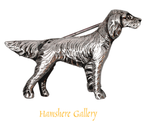 Click to see full size: An early 20th century  silver English Setter / Gordon Setter / Irish Setter brooch