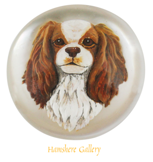 Click to see full size: A late 20th century Blenheim King Charles Cavalier crystal