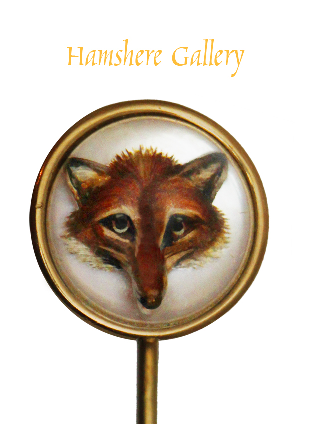 Click to see full size: Victorian reverse intaglio crystal gold set stick pin of a fox mask