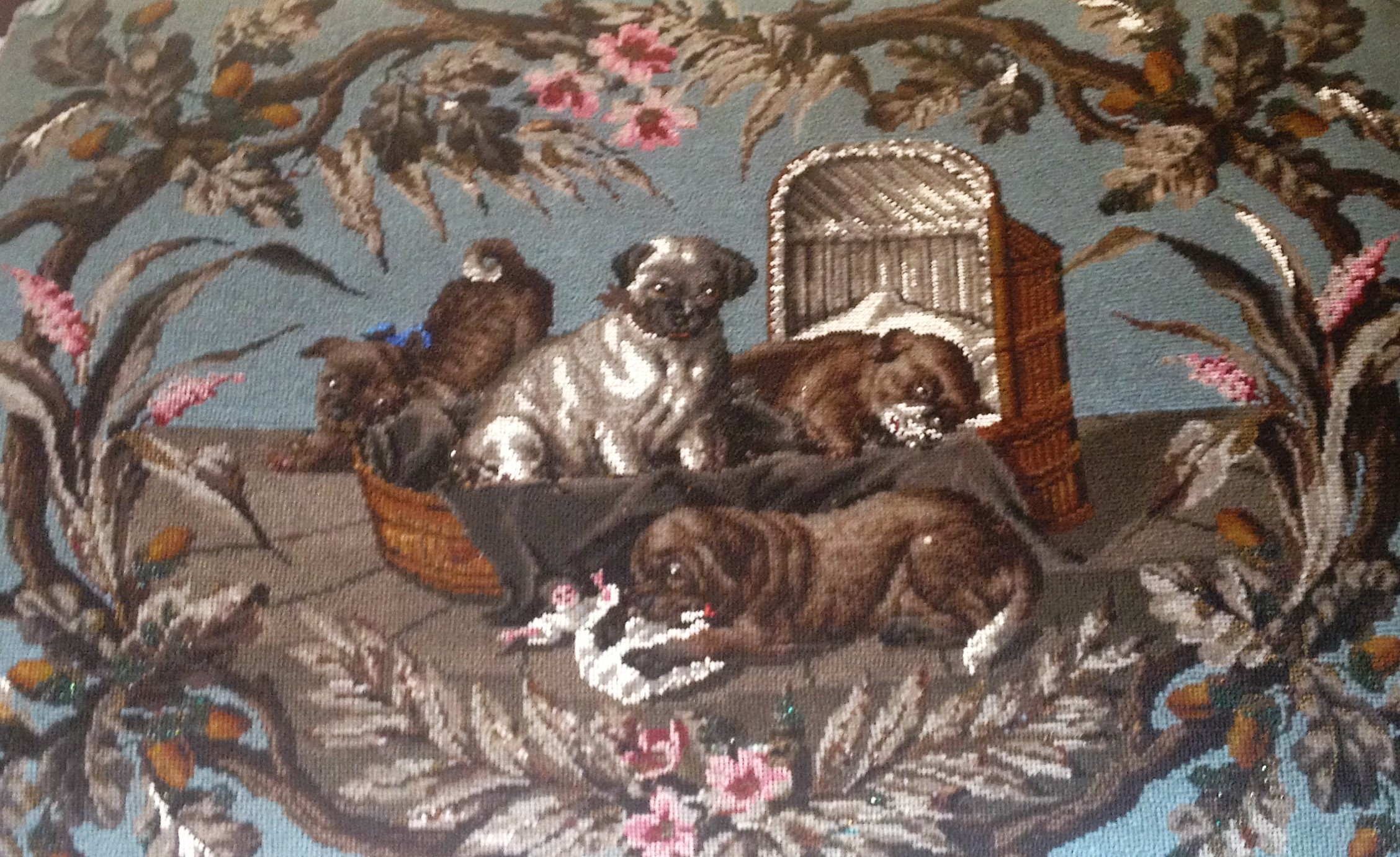 Click to see full size: Beadwork stool of Pugs