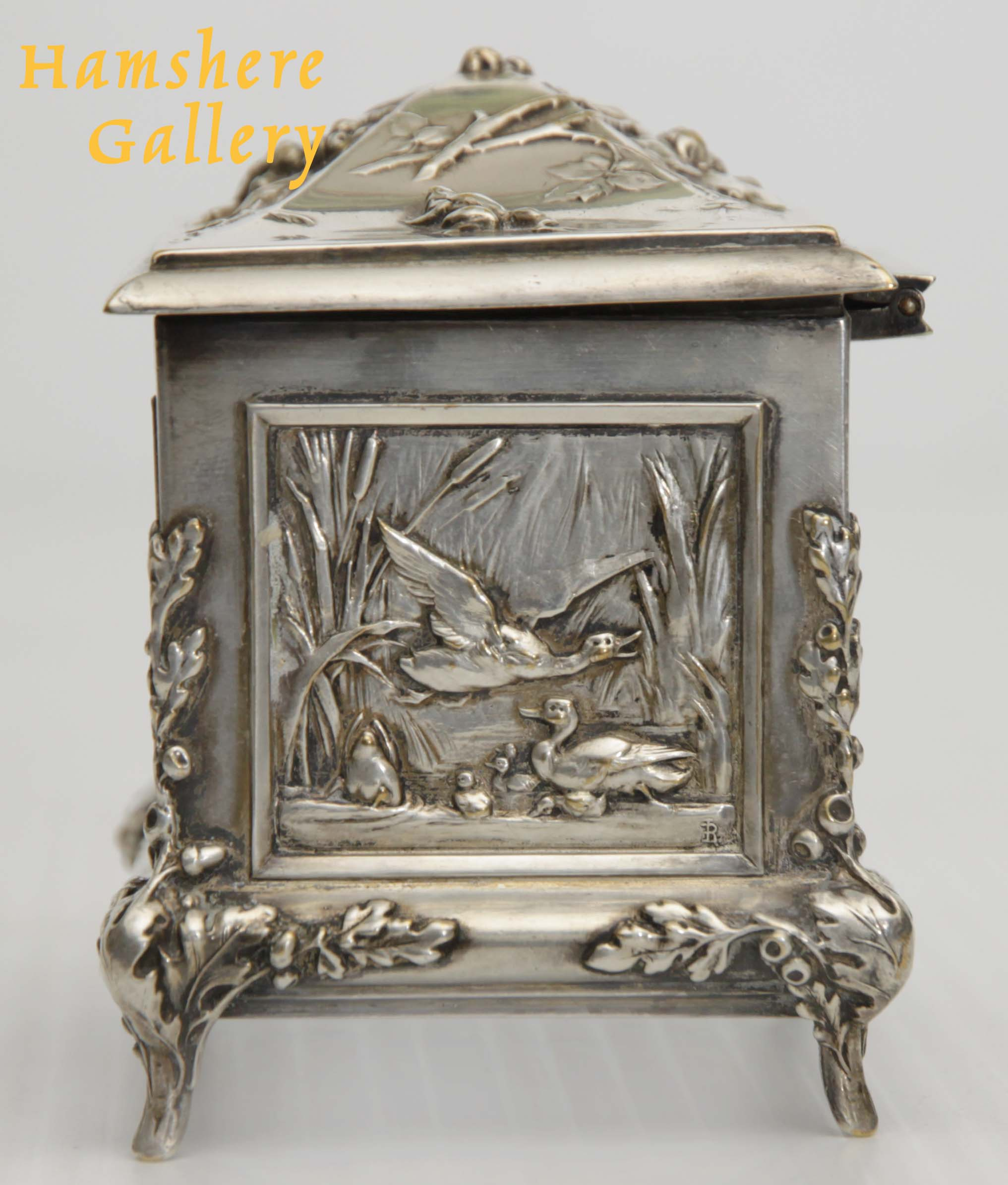 Click to see full size: A silver hunting / La Chasse jewellery box by Louis Armand Rault (French, 1847-1903)- A silver hunting / La Chasse jewellery box by Louis Armand Rault (French, 1847-1903)
