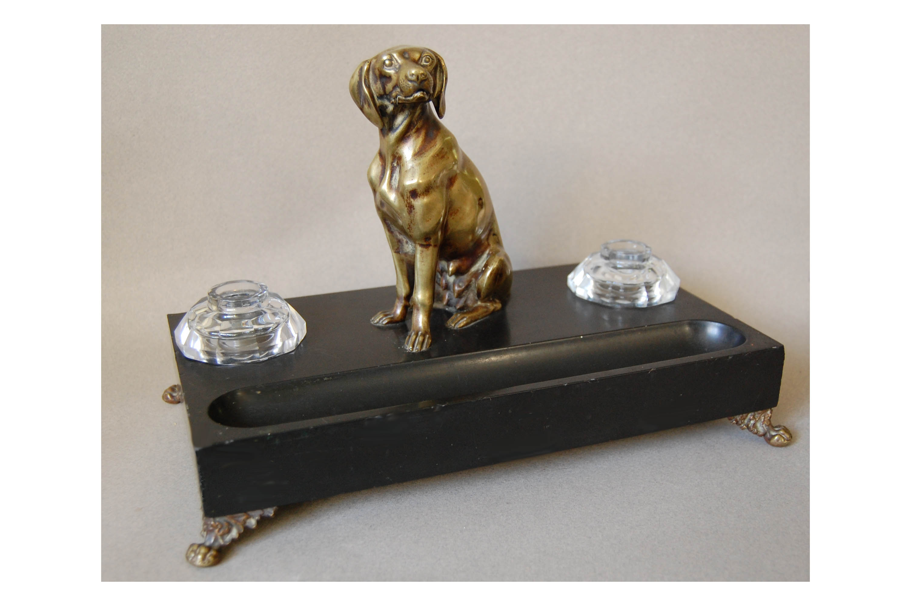 Click to see full size: Pointer inkwell with pen tray